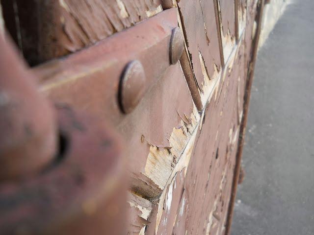 With my eye... ajtó, door
