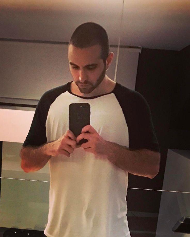 """155.5 mil Me gusta, 12.2 mil comentarios - ♈️ Samuel De Luque ♈️ (@vegetta777) en Instagram: """"Toretogetta - después de afeitarme la cabeza ya se ven pelillos 😂🤙🏻"""""""