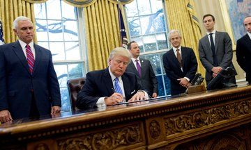 Donald Trump Signs Anti-Abortion Executive Order Surrounded By Men | The Huffington Post