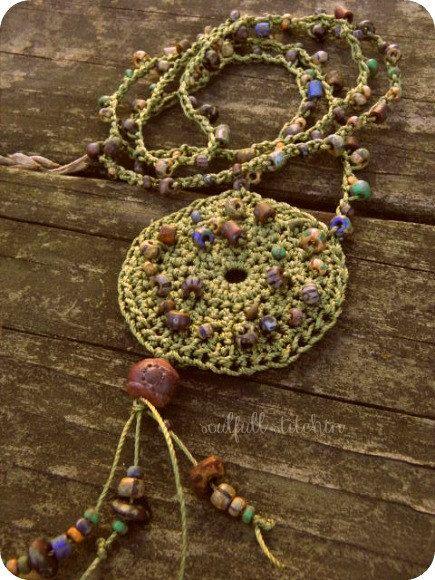 beads crochet necklace