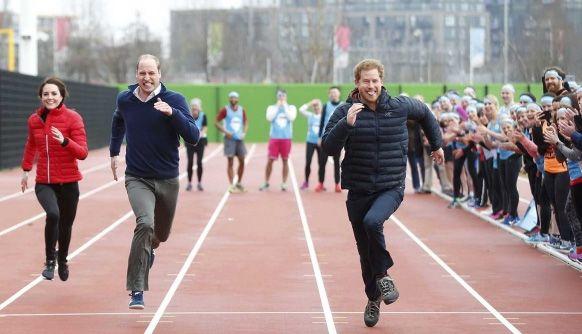 Kemeriahan Keluarga Kerajaan Inggris Ikuti Lomba Lari Estafet