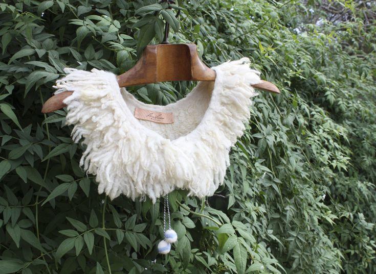 Silk fabric and talaverana wool.