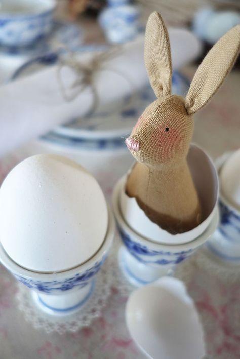 Doudou Tilda, lapineau de Pâques,cousu à la main - Tissu Couture