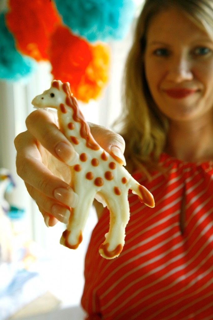 giraffe cookies- don't forget about the giraffe cookie cutter from aunt nancy in the basement!