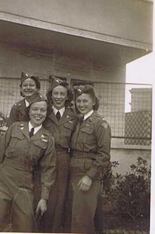 A group of army flight nurses ~
