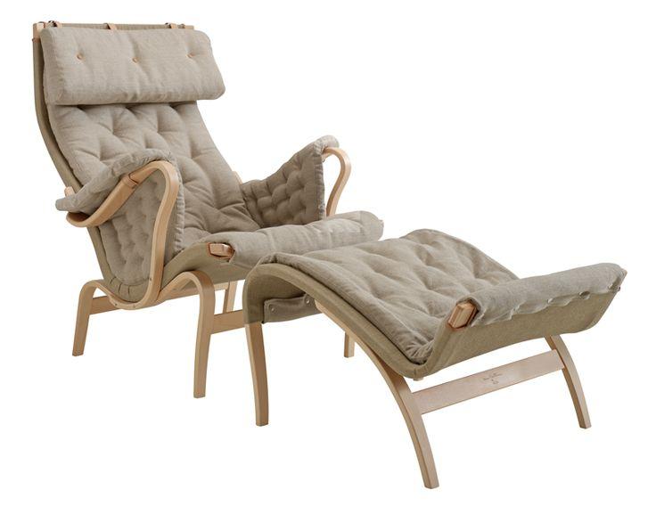Pernilla 69 är en sittvänlig fåtölj. Klassisk och komfortabel, Pernilla 69 från DUX har sittelement av bok med bärande väv.