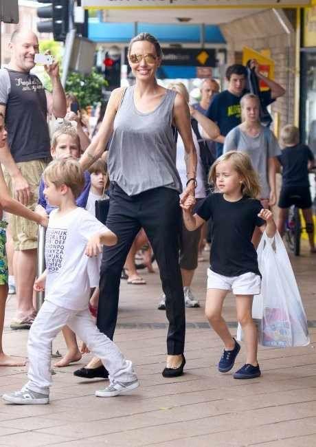 انجلينا جولي تثير أجمل ضجة في استراليا
