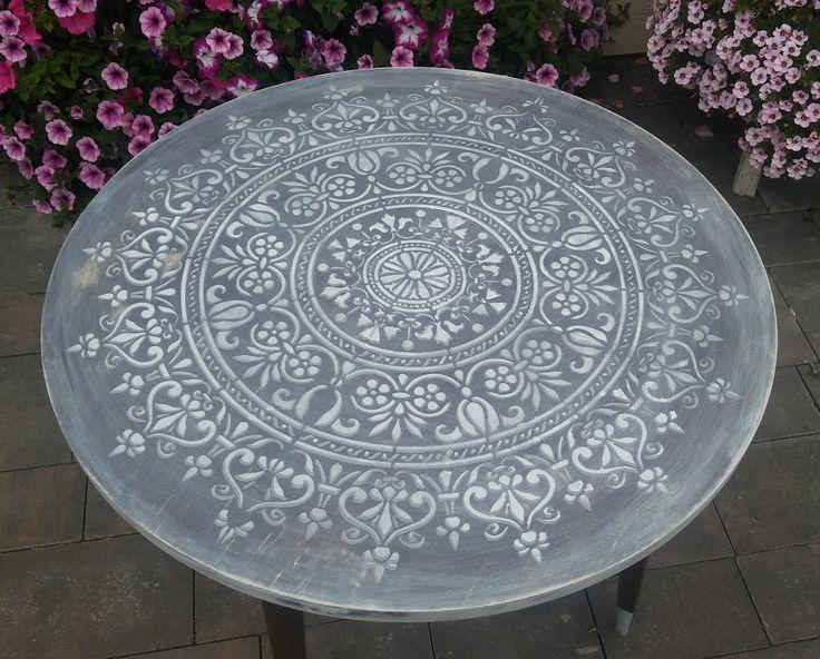 Mandala-- Chalk Paint