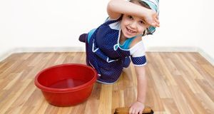Im Haushalt ein wahres Allround-Talent und kinderleicht: Mit Weichspüler brin...