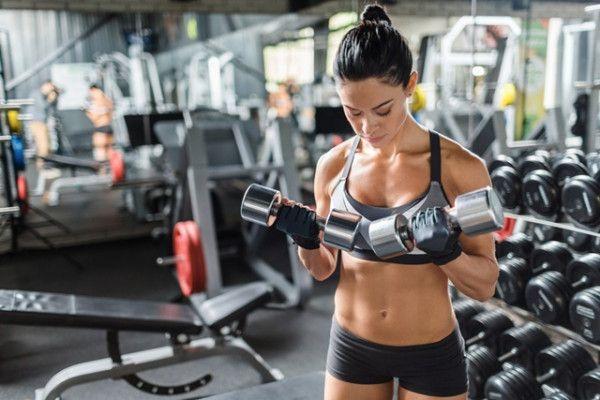 Mituri in sport: antrenamentele cu greutati nu sunt pentru femei https://doc.ro/mituri-in-sport-antrenamentele-cu-greutati-nu-sunt-pentru-femei  Nu vreau sa devin musculoasa nu vreau sa ma maresc nu vreau sa am spatele lat. Am auzit de mii de ori aceste cuvinte si de ace