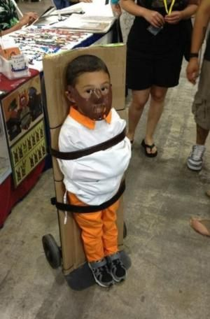 20 Funny Baby Costumes That Won Halloween: Hannibal Lecter