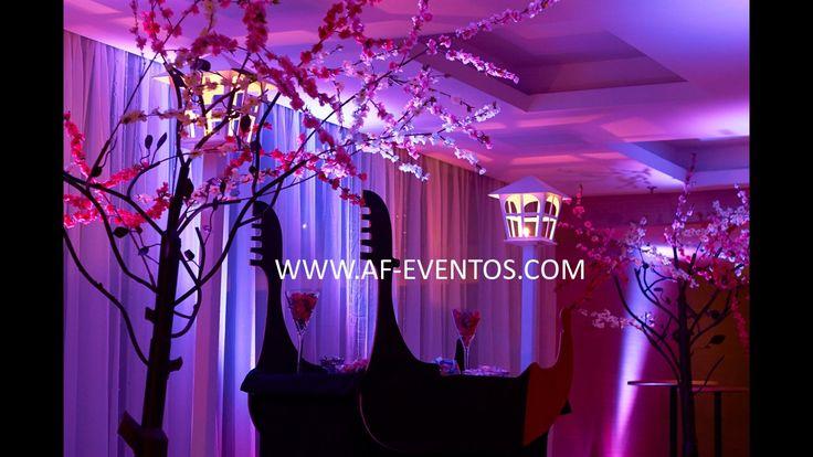 Mesa de dulces en forma de Góndola e ingreso especial para los invitados @afeventos