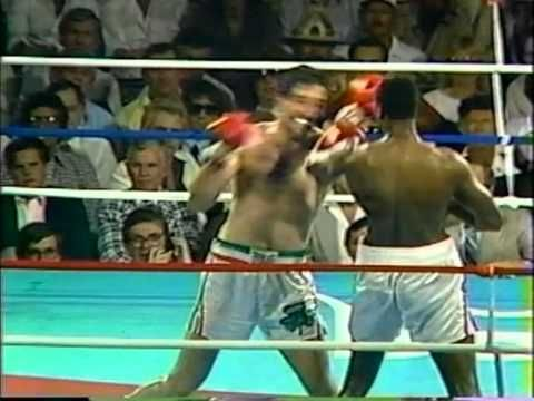 Larry Holmes vs Gerry Cooney (High Quality)