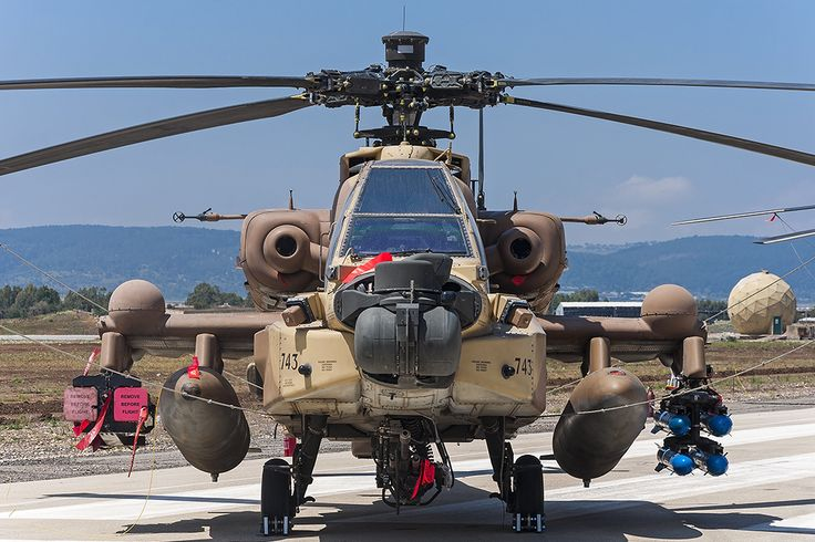 """The Aviationist » Photos Of AH-64D Apache Armed With """"Spike"""" Missiles Prove That The Weapon Is Operational For the Israeli Attack Helicopters"""