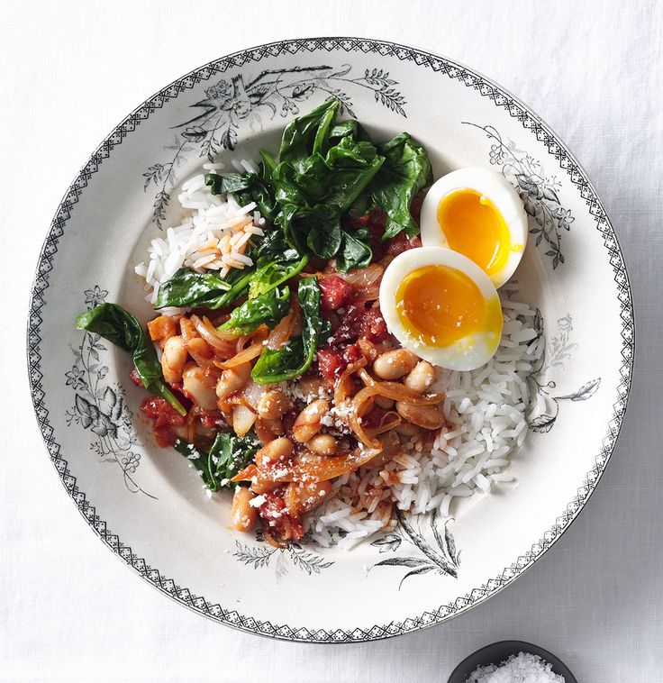 White Beans With Tomato, Spinach, and Rice