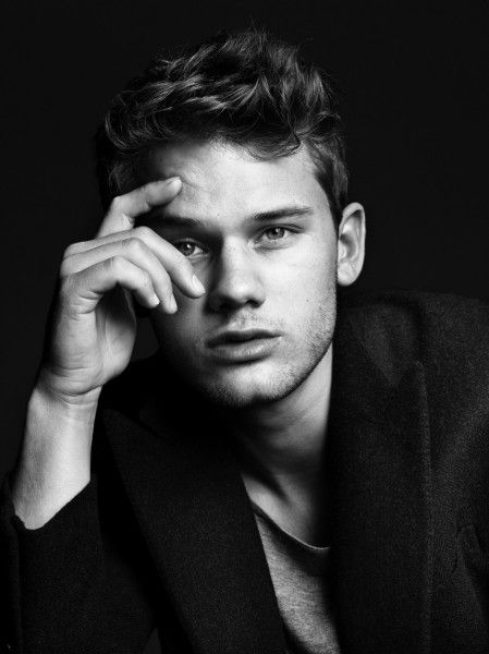 "Jeremy Irvine (Starring in the wonderful ""War Horse."")"