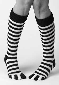 #FaveCrafts Knit Striped Toe Socks - takes me back to the 70's - guess I'm dating myself!
