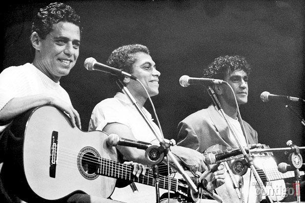 """Chico Buarque, Paulinho da Viola e Caetano Veloso, """"Programa Chico e Caetano""""."""