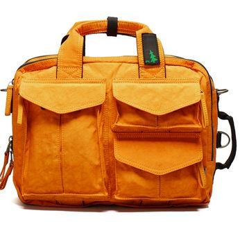 orange laptop bag from Mueslii
