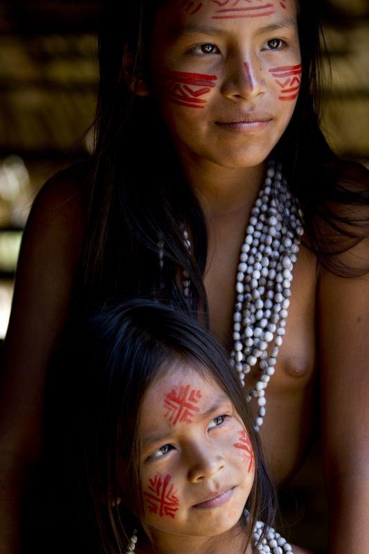 Praia do Tupé, Tukano indians Amazonia