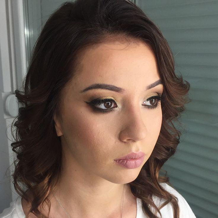 ���� #makeup #ilovemakeup #mua #makeupartist #maccosmetics #toofaced #inglot #sleekmakeup #sephora #thebalm #benefitcosmetics #dior #chanel #makeupforever #makeuprevolution #beauty #gorgeous #perfection #eyeliner #smokeyeye #brunette #blackeyes #peachy @melizabrenolimakeup http://ameritrustshield.com/ipost/1548544779535797326/?code=BV9iUW_BExO