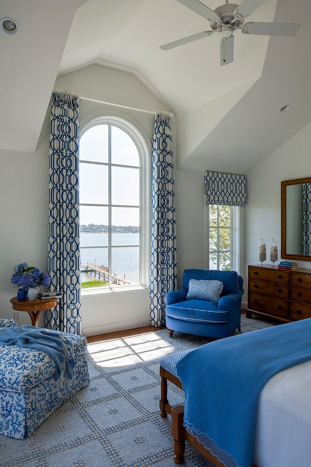 Guest bedroom - Classic Shingle Coastal Home. Designed by SLC Interiors