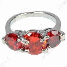 Punainen 3-kivinen sormus