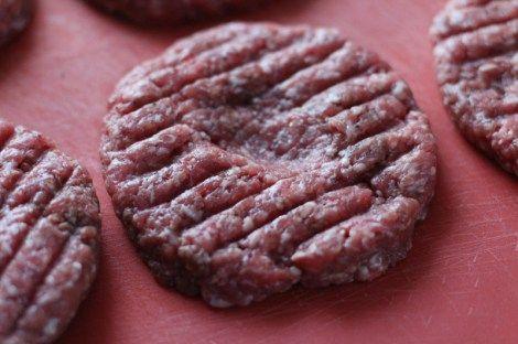 Burger Patties selber machen Rezept mit Bauernbrot