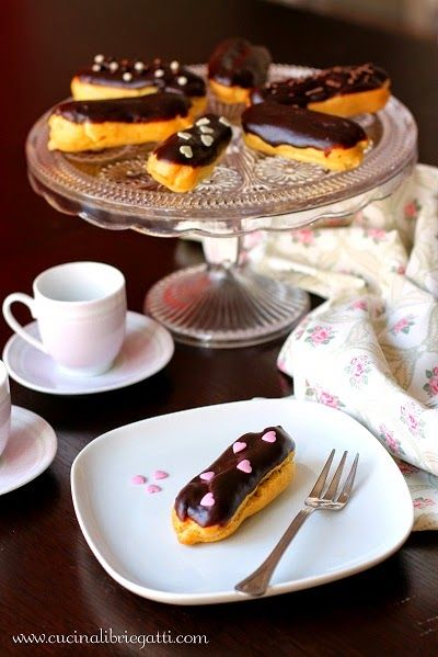 eclair bignè crema al cioccolato ricetta