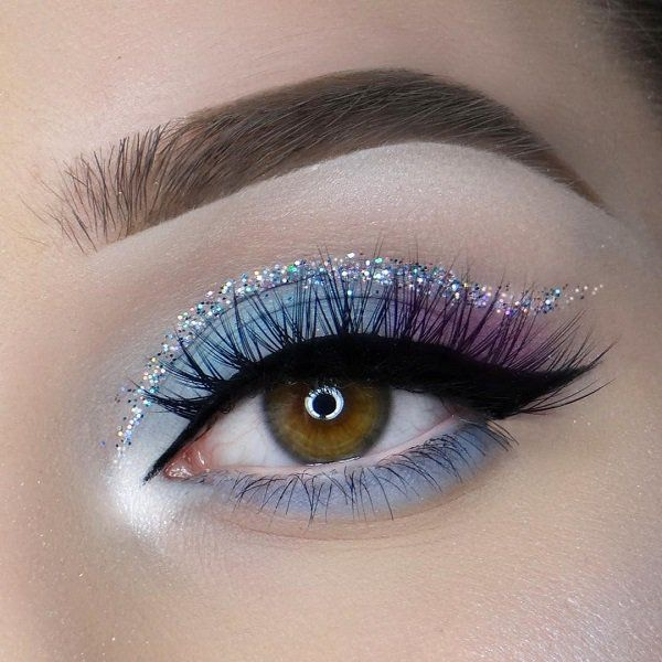 Id there isn't this sequined line above the eyelid makeup this makeup would completely be good for any occasion. Even for the job. Glitter eyeliner gives a festive look and you can certainly war it in the evening for going out.