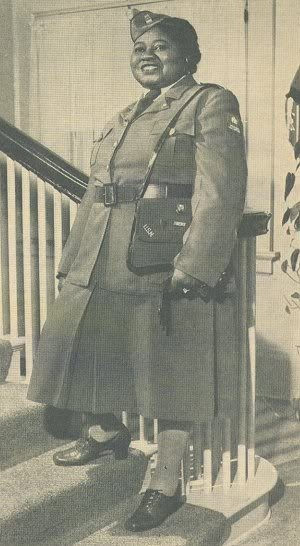 Hattie McDaniel a member of the AWVS during WWII