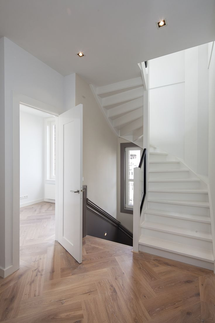 Stairs BiloxiVastgoed