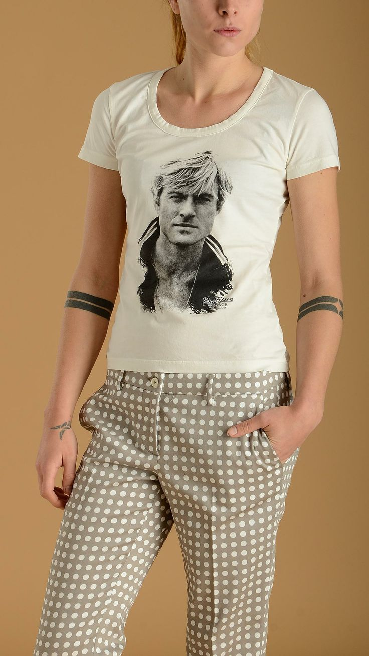 TEN FIFTEEN Short sleeves white cotton T-shirt featuring Robert Redford printed at front, round crew, slim fit, 100% cotton.