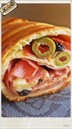 Pan de jamón El favorito de las navidades venezolanas! #feriadelachinitaBcn #gastronomiavenezolana #venezuela