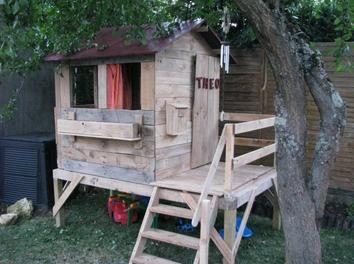 Cabane pour enfant en bois de récup' DIY,palette,Cabane enfant