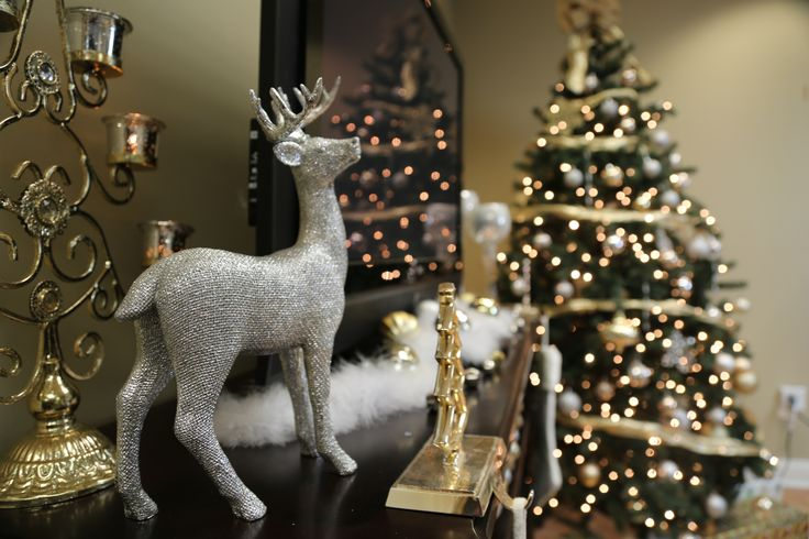 17 best Holiday Mantel Decorating Ideas images on Pinterest