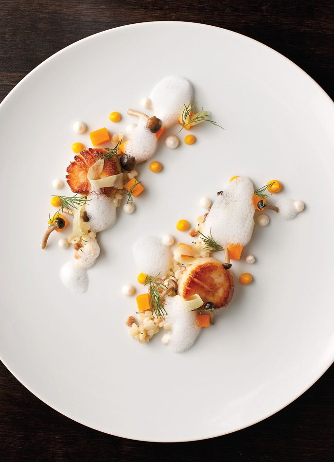 Scallops at Acadia. - Anthony Tahlier #plating #presentation