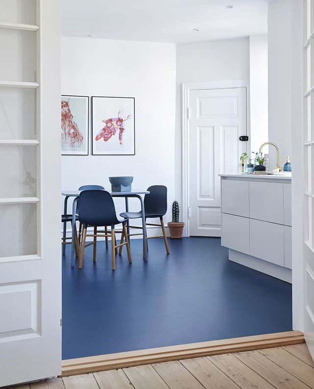 Normann Copenhagen Op Instagram Blue Floor Combined With Blue Form Chairs In The Home Of Christinabekker Picture Borrowed From Feminadk Otthon