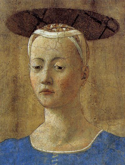 Bianca Maria Visconti, the heiress of Milan head/hair bound with oval top, (Flat or a bun shape? Is it fabric or her hair?)