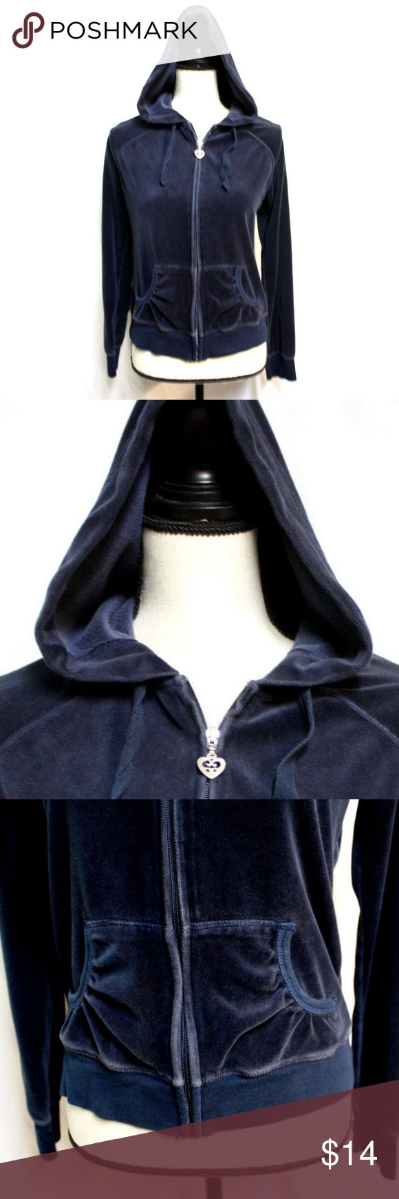 Old Navy Womens M Dark Blue Long Sleeved Hoodie Old Navy Intimates Womens Size Medium Dark Blue Velour Long Sleeved Hoodie.  Dark midnight blue fabric cotton blend fabric in a velour.   Hoodie has a drawstring, the kangaroo pockets have curved and gathered openings and the full length zipper has a heart shaped pull.  The hemline has a 2 1/4 inch ribbed binding and the cuffs have a 2 1/2 inch ribbing.  Flat lay measurements are:  Chest:     19 inches Sleeve:   28 inches (neck seam to cuff)…
