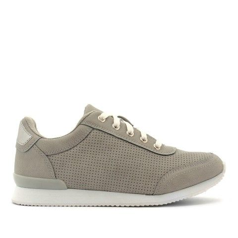 Update your sporty luxe style with BARBELL the athletic style sneaker, featuring a perforated upper and a cleated rubber sole for added edge.