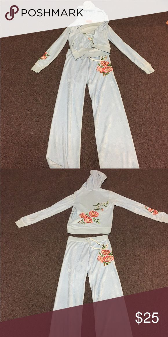 Juicy couture sweatsuit Terry sweatsuit with floral embroidery Juicy Couture Other