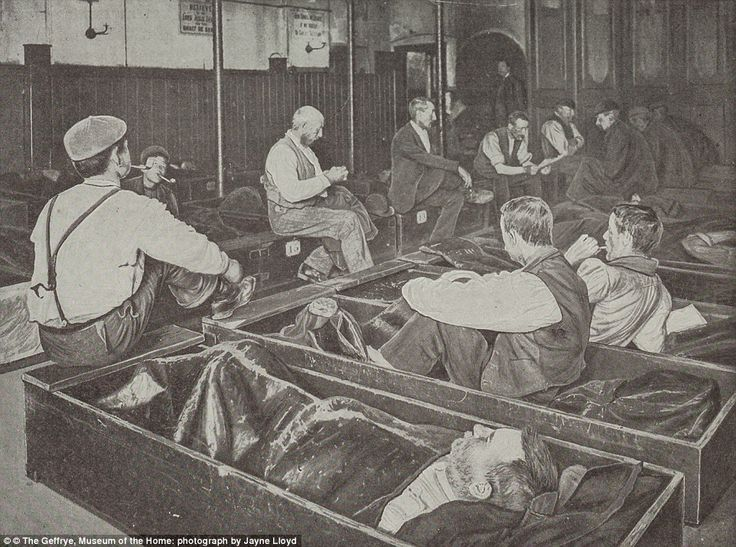 'Coffin beds': These cramped bunks weren't particularly comfortable, but they did offer vi...
