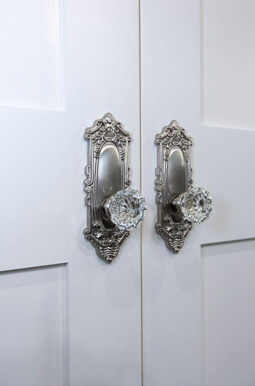 Glass doorknobs.