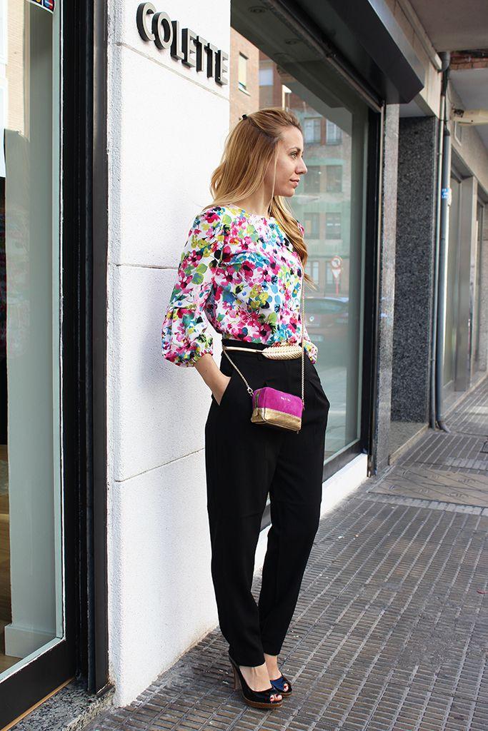 LOOK perfecto de trabajo para empezar la semana con estilo!  PANTALÓN NEGRO > http://www.colettemoda.com/producto/pantalon-negro/  BLUSA FLORES MANGA GLOBO > http://www.colettemoda.com/producto/blusa-flores-manga-globo/