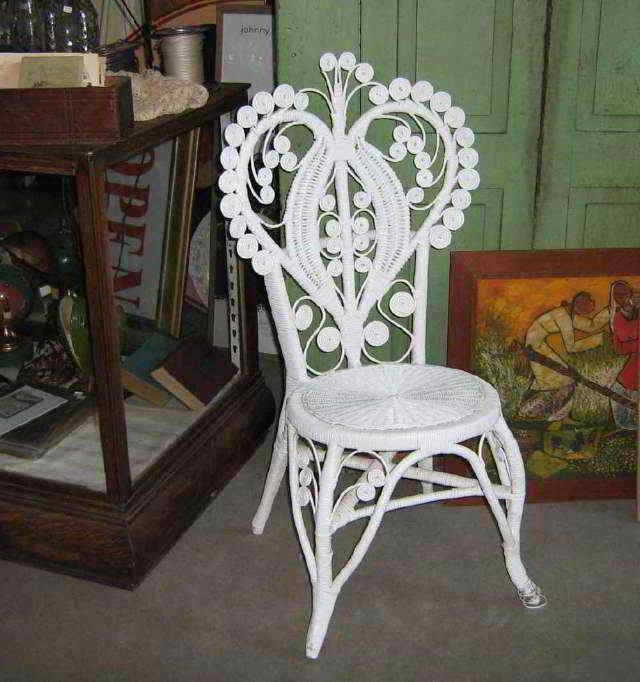 Vintage Victorian White Wicker Chair