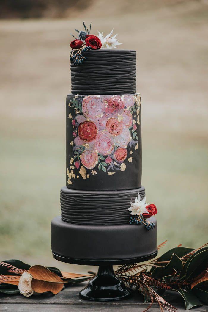 Moody black botanical wedding cake   Image by Lindsay Nickel