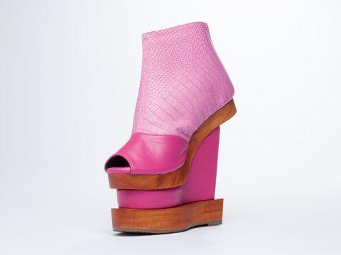 Pink Platform Boots Wooden Wedge / 70s Platform door BodegaCats