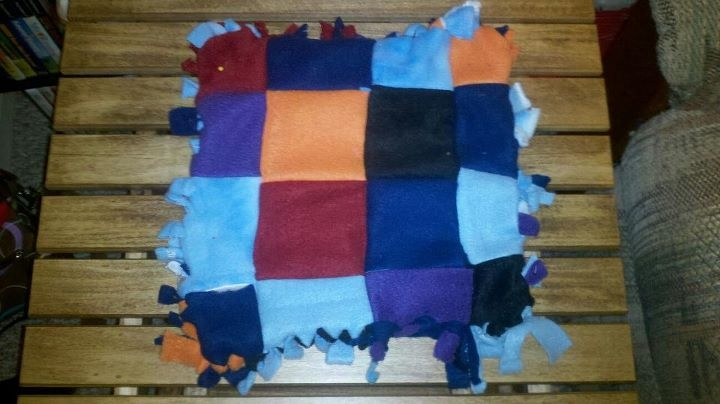 26 Best Images About Fleece Scrap Blankets On Pinterest