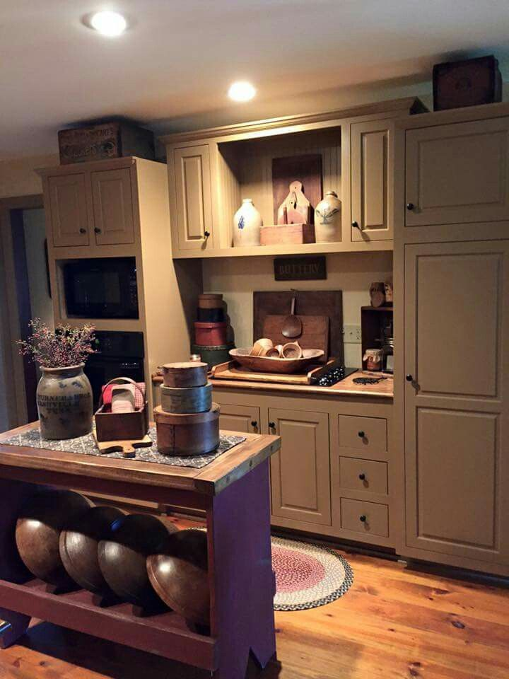 1041 best kitchen images on pinterest for Primitive country kitchen ideas